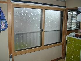 内窓設置リフォームのアフター(腰窓)01