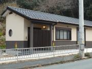 丸窓をあしらった和テイストの家